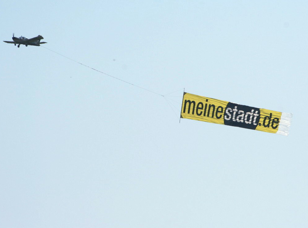 Flugzeug-Bannerwerbung-Airbanner