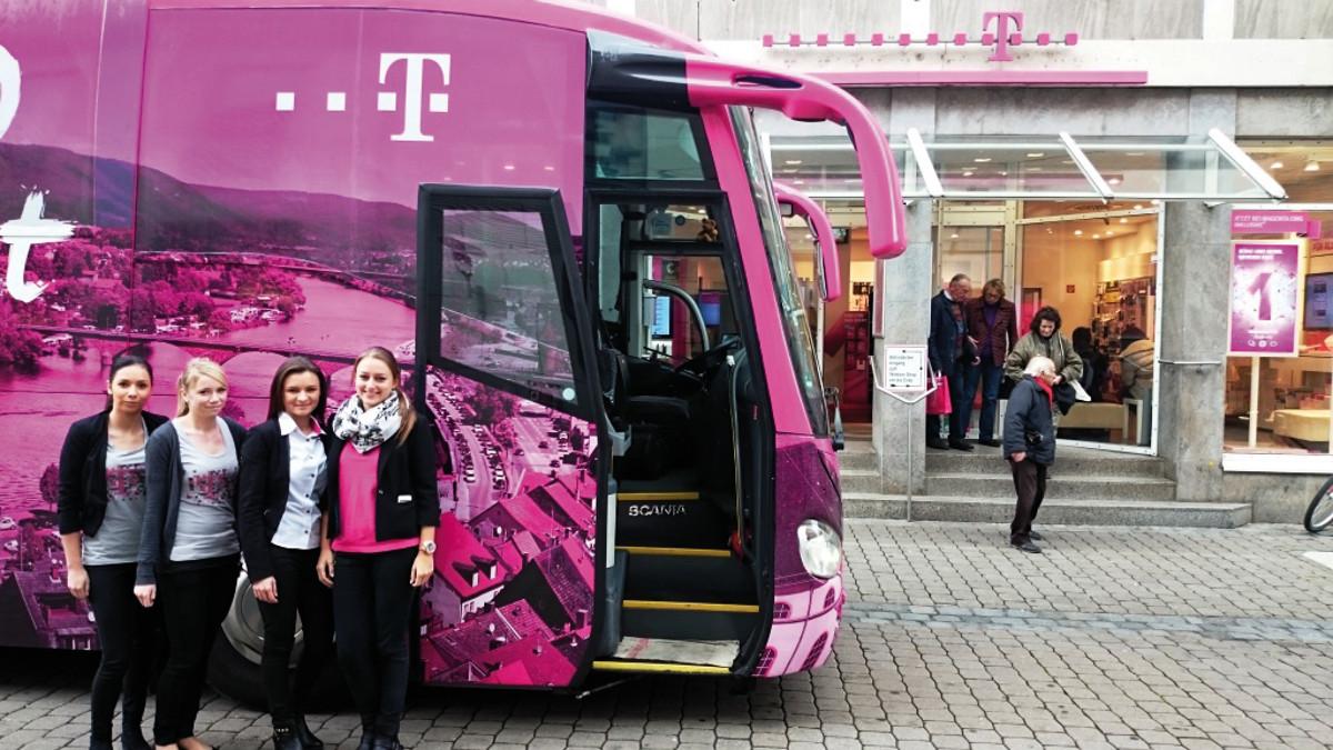 inovisco BusPromo - Buswerbung für Telekom