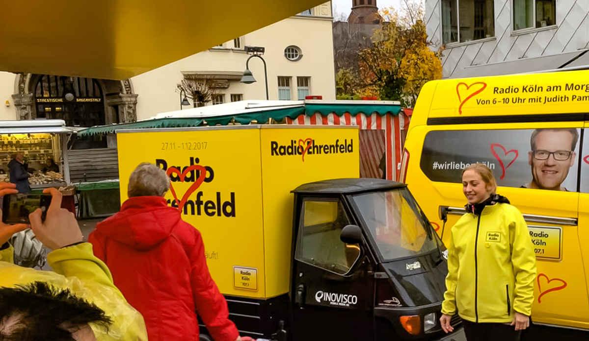 Promotion für Radio Köln mit der Ape als Werbeträger