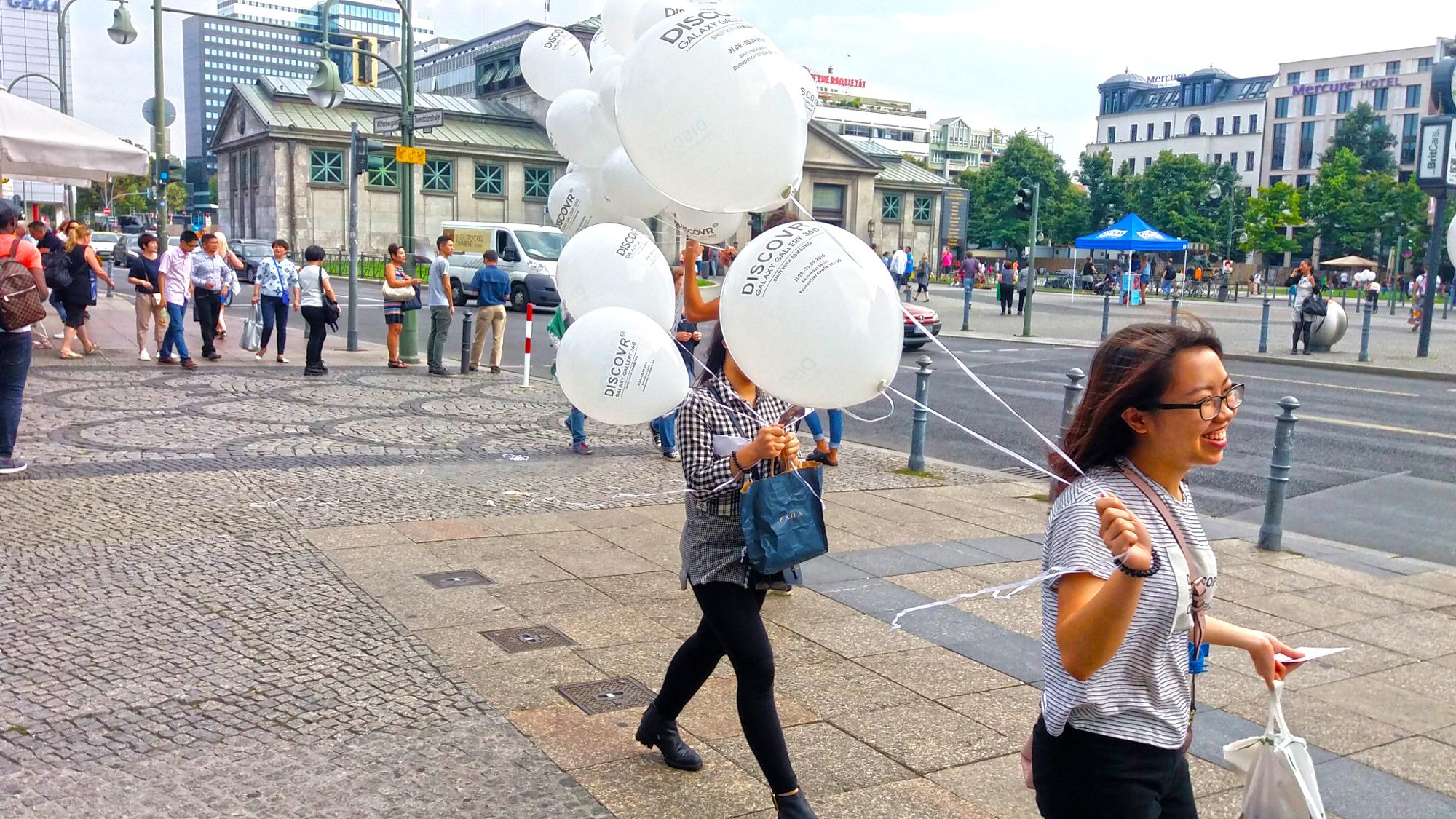 Promotion Idee - Werbung mit Luftballons