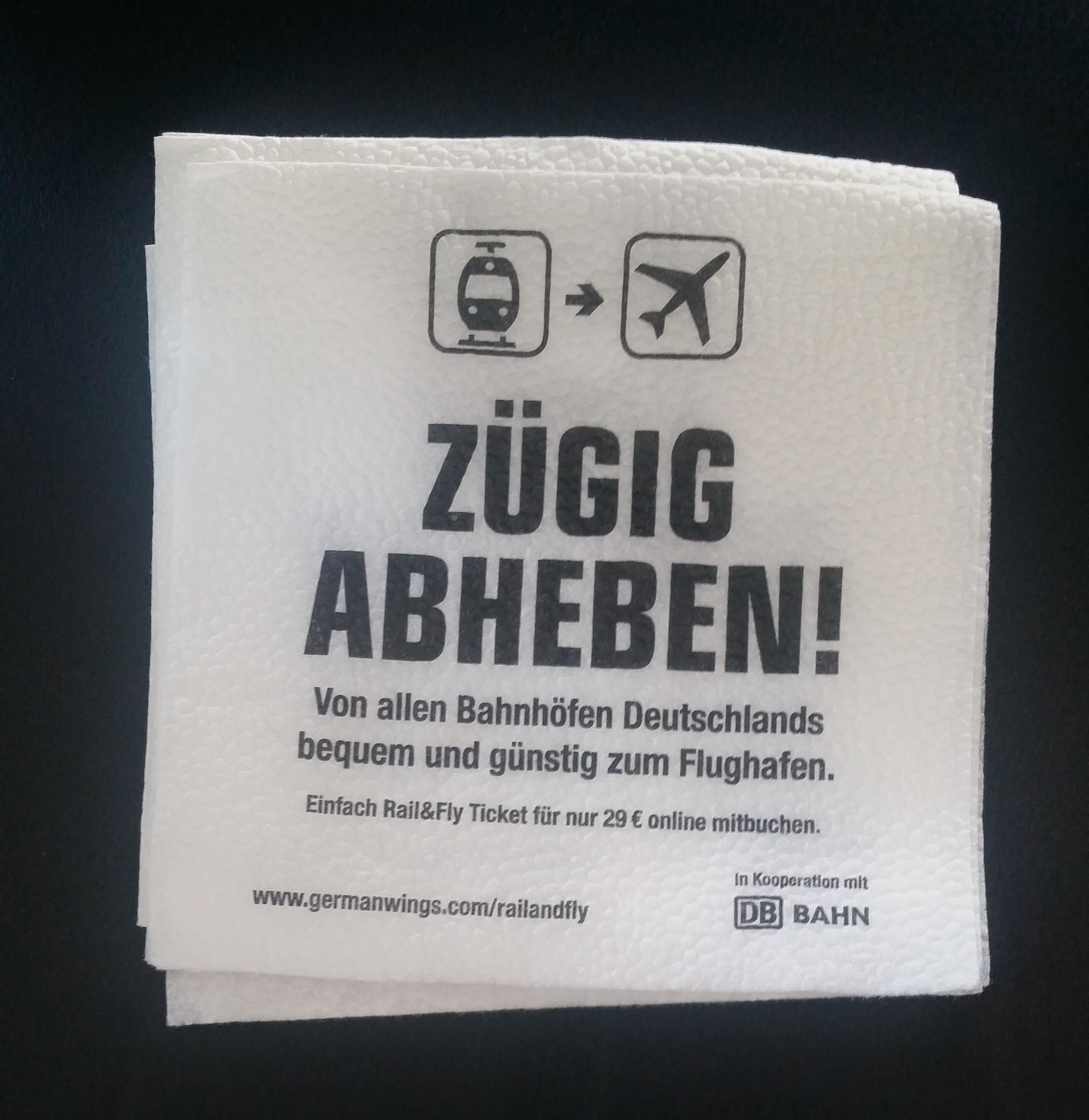 bedruckte Servietten-Werbung im Flugzeug