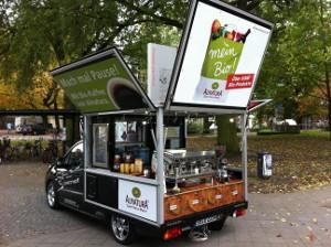 Werbeflächen auf dem Kaffeemobil von inovisco