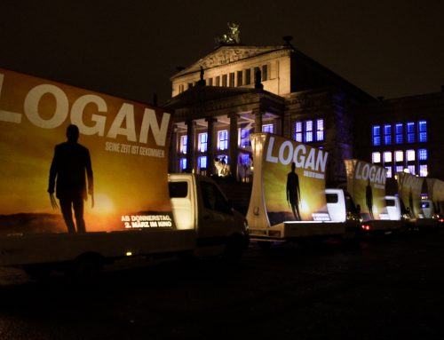 Out-of-Home Filmwerbung: Plakatwagen werben für LOGAN-Weltpremiere