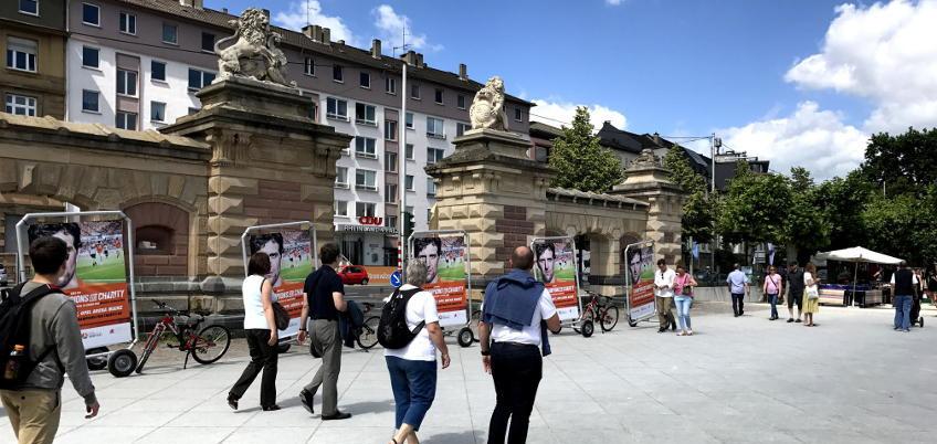Fahrrad-Anhänger-Werbung in der Mainzer Innenstadt