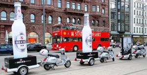 Scooter als mobile Werbeflächen mit 3D Sonderaufbau für Becks Ice