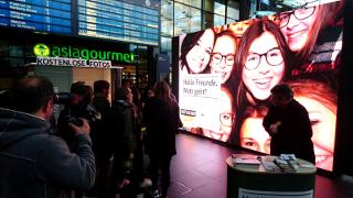 Fotobox als Messemarketing Idee - Mit Bildschirmübertragung