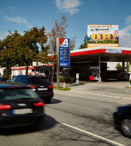 Tankstellenwerbung - OBI